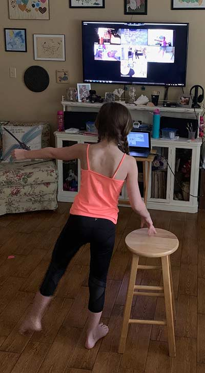 Student in Kenner dancing online during her Ballet class